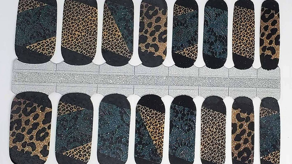 Lacey in Leopard-Limited Edition Design