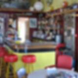 Restaurant autour de la cabane du lamas
