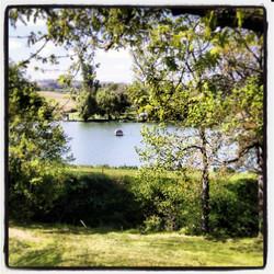 vue sur le lac de peneleau