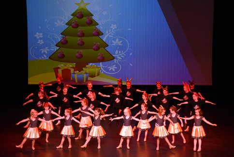 """Rockin' Around the Christmas Tree"" - Combined Group"