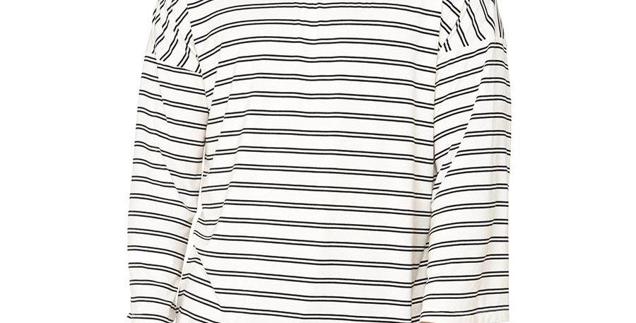 Boxy fit oversized long sleeve white