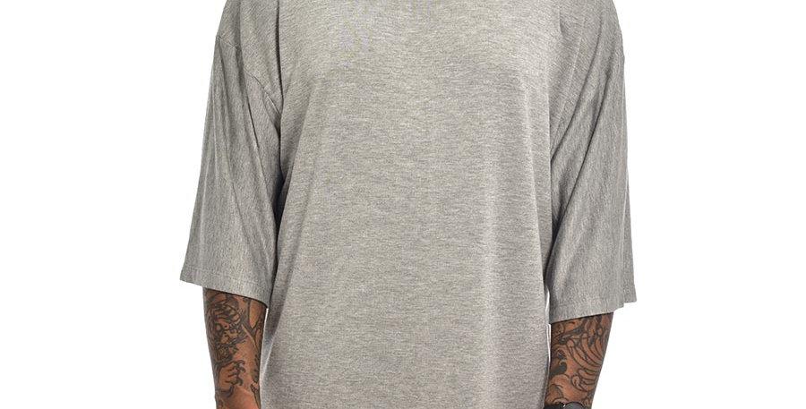 Camiseta boxy fit oversize extragrande gris