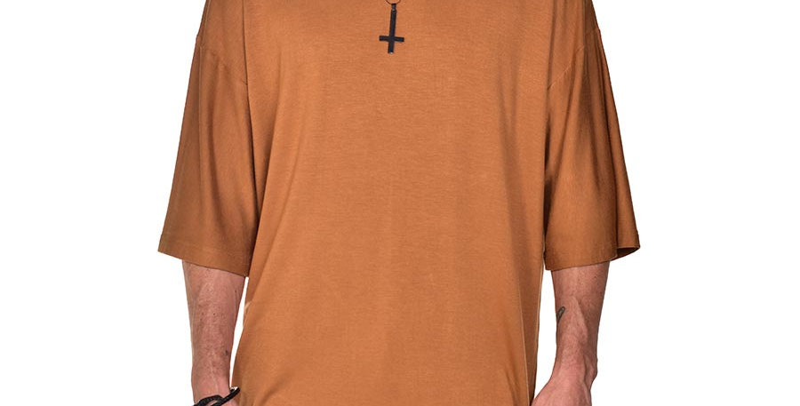 Camiseta boxy fit oversize extragrande miel