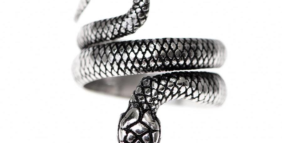 Rattlesnake ring