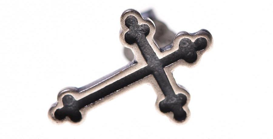 Arete cruz en plata S925