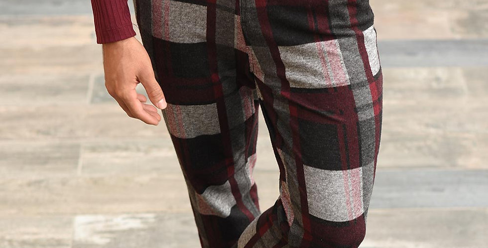 Pantalon carrot fit cuadros vinotinto