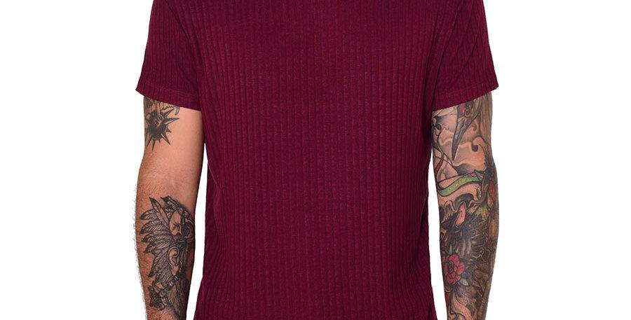 Camiseta cuello tortuga slim vinotinto