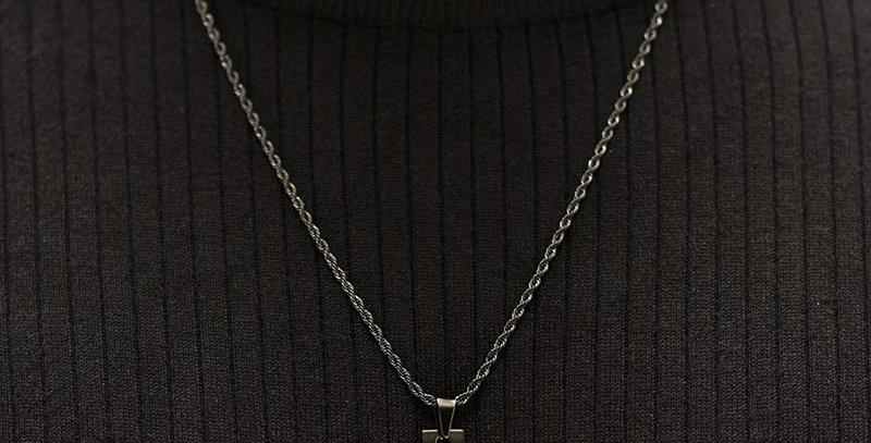 Collar pole negro trenzado 60cm