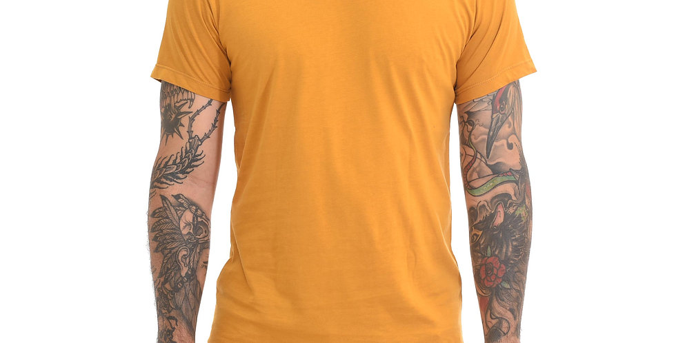 Camiseta super slim básica mostaza