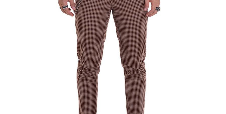 Pantalon carrot fit cuadros mini beige