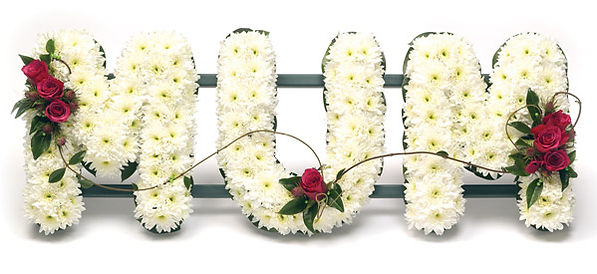 Mum floral lettering