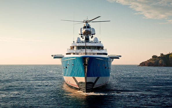 Superyacht-helicopter-trasfer-charter.jp
