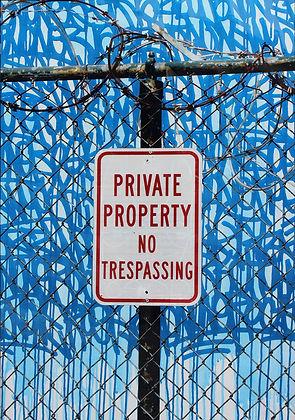No trespassing 135x90cm HD.JPG