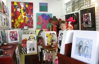 Leene in her gallery - Aavik Art, Eumundi