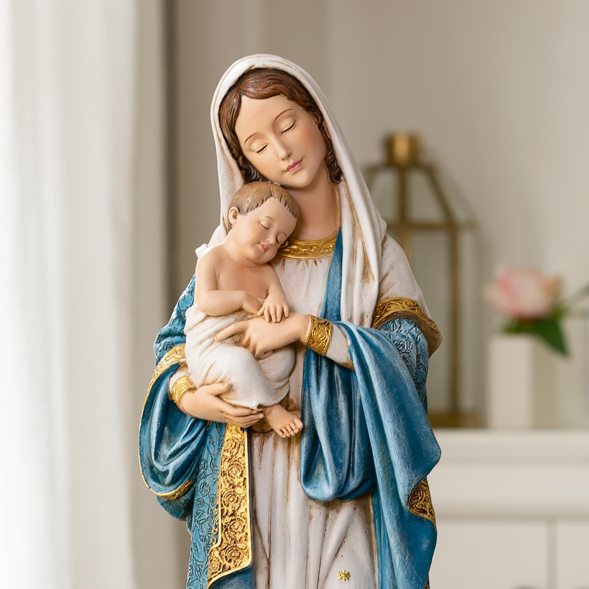 Marian Statue