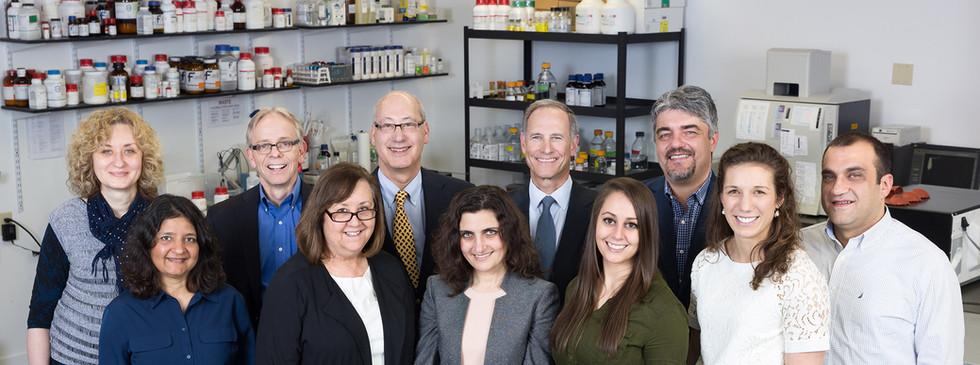 TetraGenetics - Group in the Lab