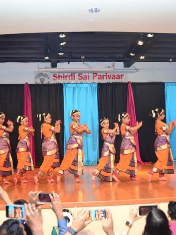 Beginners Students - Annual Showcase at Shirdi Sai Parivar - 2019