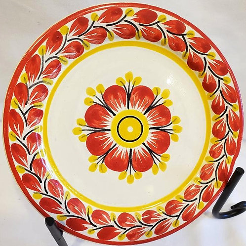 Red flower plates in 3 sizes