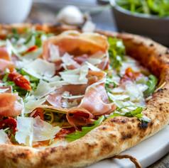 Crudo Pizza.jpg