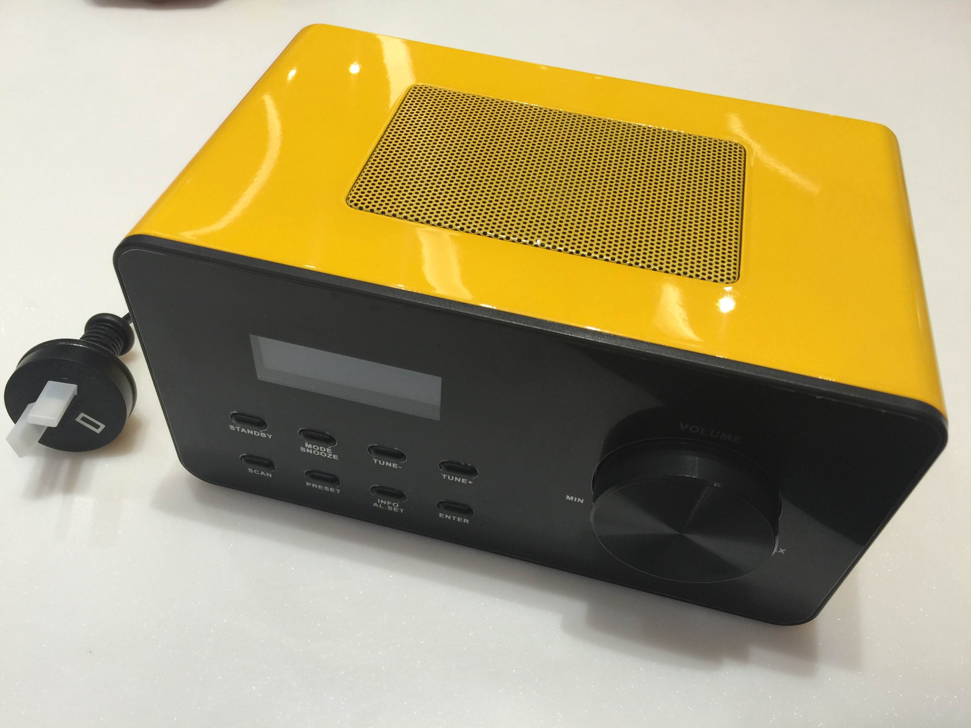 CT98 DAB Wood Radio in Ferrarri Yellow.jpg