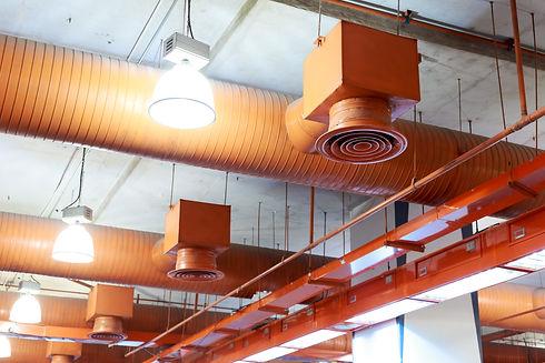 Air conditioner ventilation installation