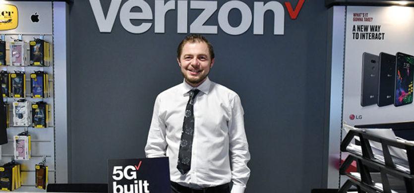 Photo with Verizon logo.jpg