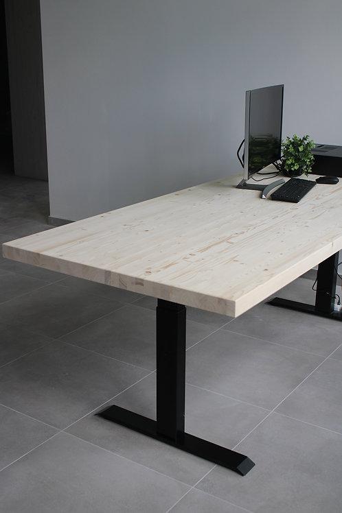 Biroja galds