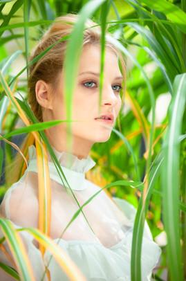 © bloos Make-up & Hair Academy