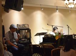 〈昭和の会〉マスターJUNの生演奏で歌えます