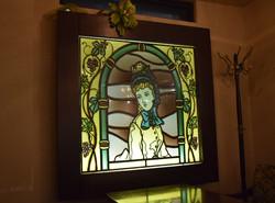 トワレのロゴマークのステンドグラス