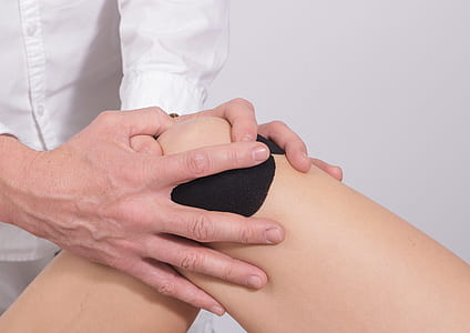 knee-taping-massage-shoulder-thumb6.jpg