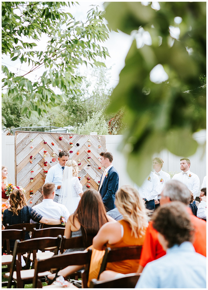 Katelyn & Devin: Utah Backyard Wedding