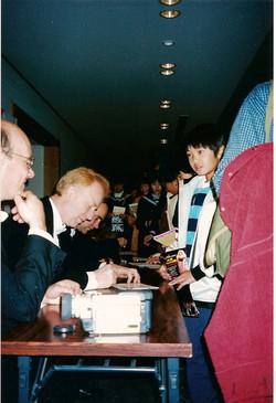 CD signing, Japan Nov 01
