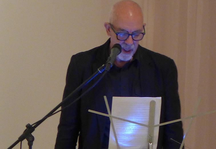 Fate, 2017. Multidisciplinary performance. Santiago Espinosa de los Monteros reading excerpts of texts by Zigmund Bauman, Paul Virilio and Alain Touraine.