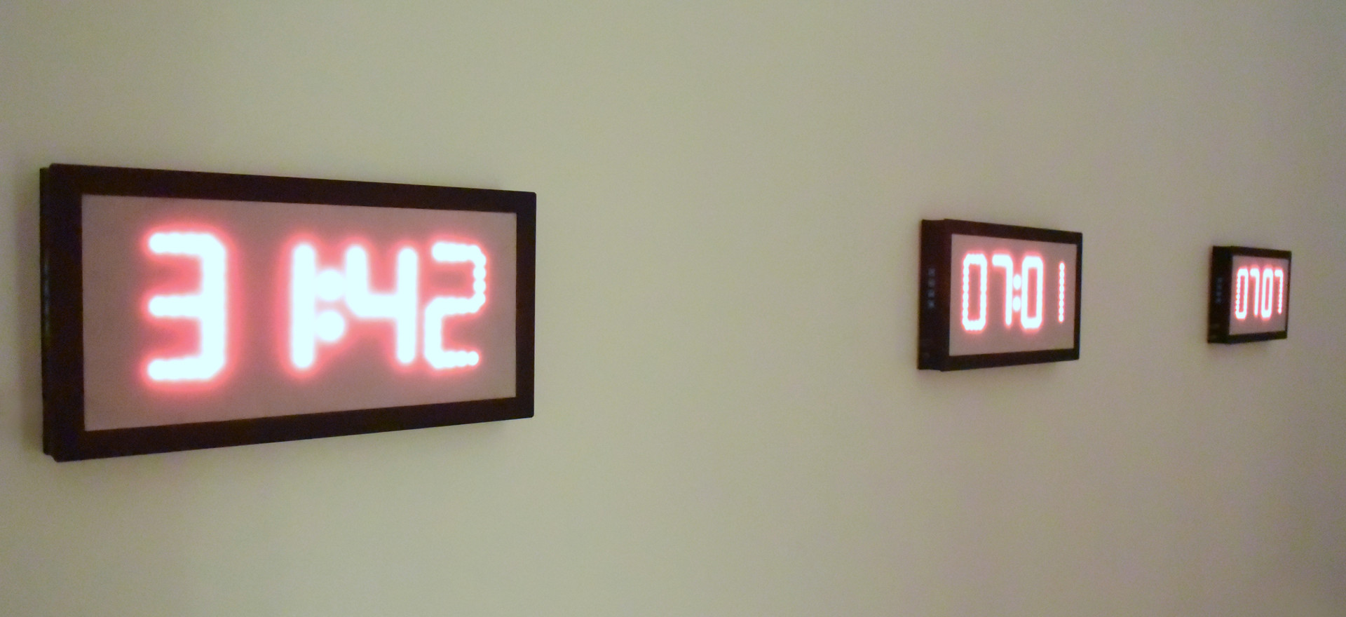Logic of acceleration, 2017 3 modified clock/ chronometers. 7.87 x 15.74 x 1.96 inches each. 20 x 40 x 5 cm. each.