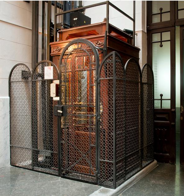 ascensor restaurado
