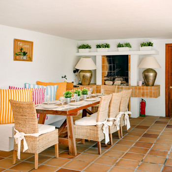 Dining table and BBQ/Fireplace