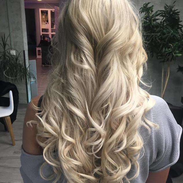 Wer möchte nicht solche Haare haben...
