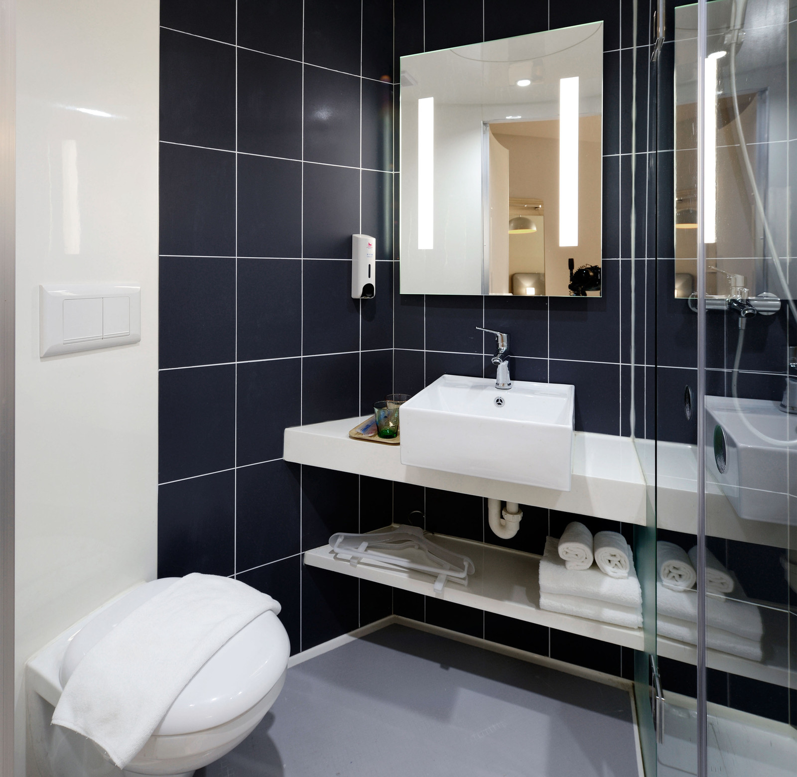 Bathroom Design Leicester Bathroom Fitters Leicester: Bathroom Installation