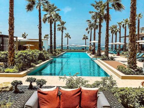 Stay safe at the beach - beach clubs destinations in Dubai