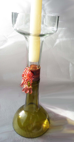 mauve beads candle holder
