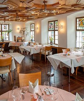 Restaurant NEU.jpg
