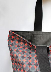 Black and red circle tote bag