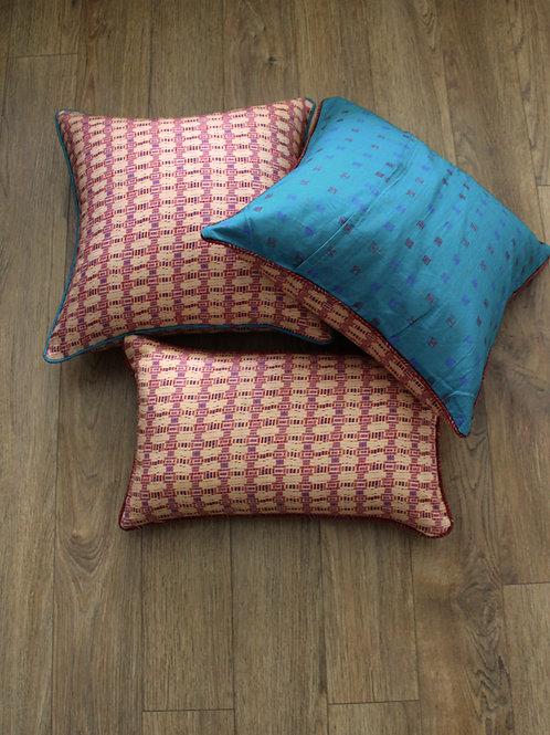 Peach waves cushion cover
