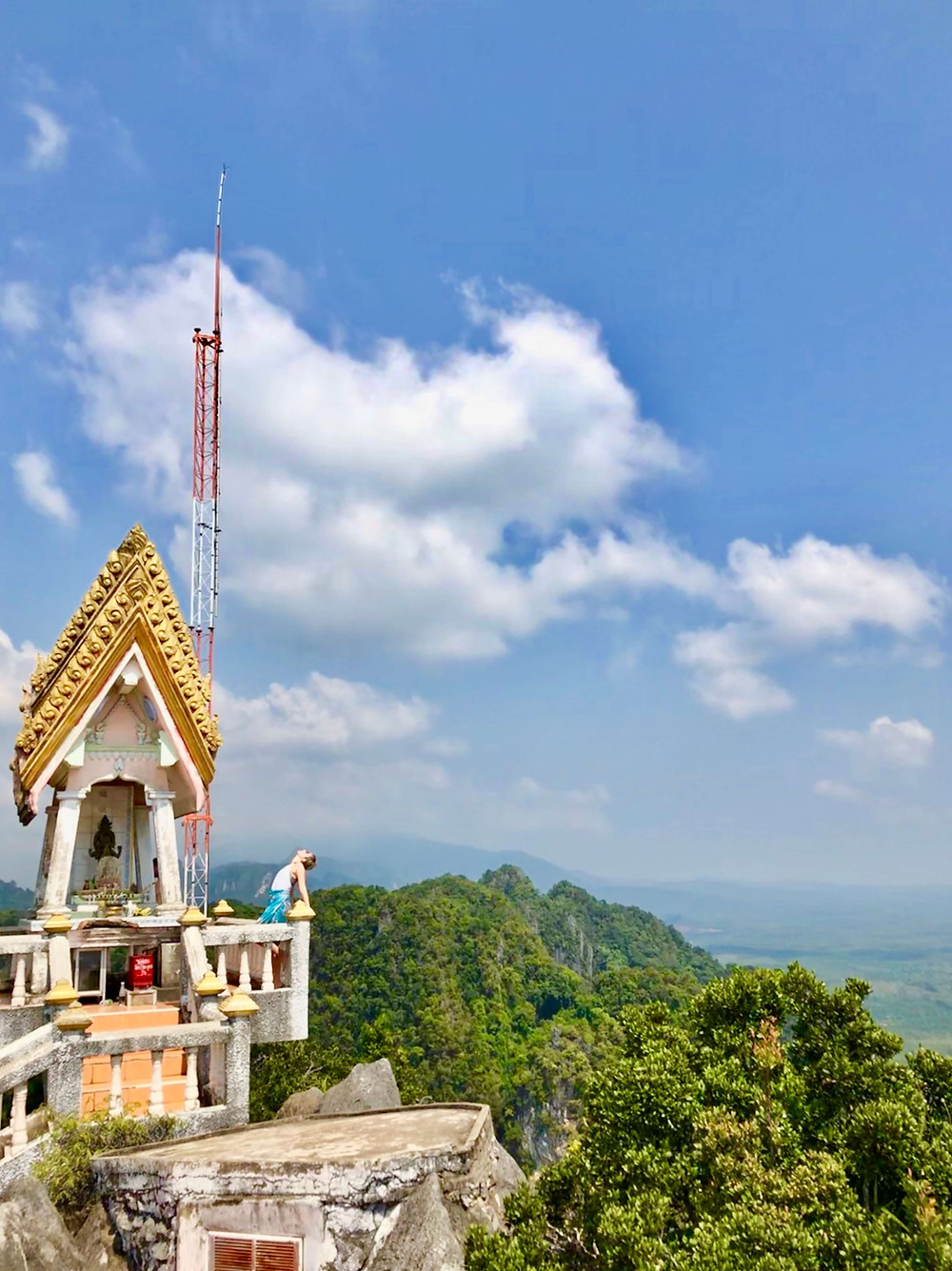 Tiger Cave Temple in Thailand with lush scenery
