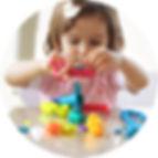 Советы детского психолога, психолог родителям, консультация для родителей, родителям о младших дошкольниках, младший дошкольный возраст, особенности младшего дошкольного возраста, зрительная, память, слуховая, память, мышление, мыслительные операции, навыки мышления, мышление младшего дошкольника, речь, понимание речи, самообслуживание, навыки самообслуживания, формирование навыков самообслуживания, социальные навыки
