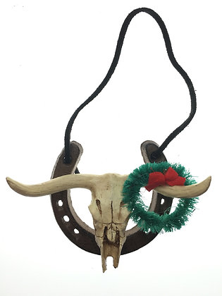 Horseshoe with Skull and Wreath