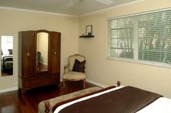 room 1b
