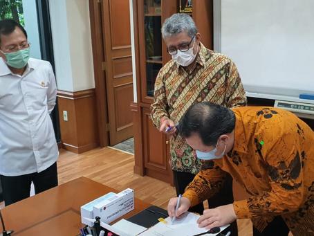 Menkes akan Salurkan Donasi Chloroquine Produksi Dexa Medica ke Rumah Sakit