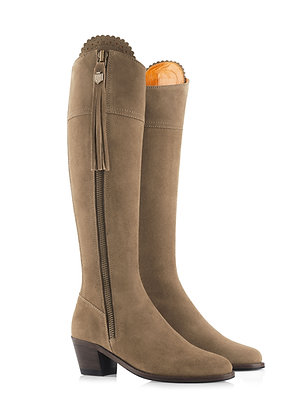 The Heeled Regina - Standard Fit (Taupe)